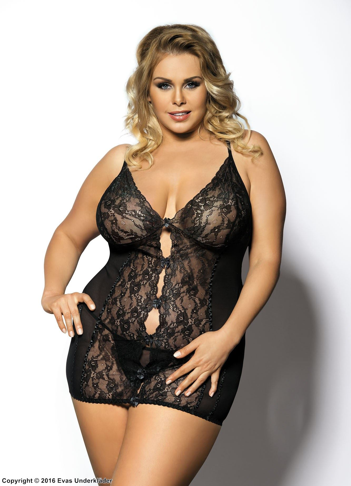 Chemise, transparent lace, deep neckline, plus size